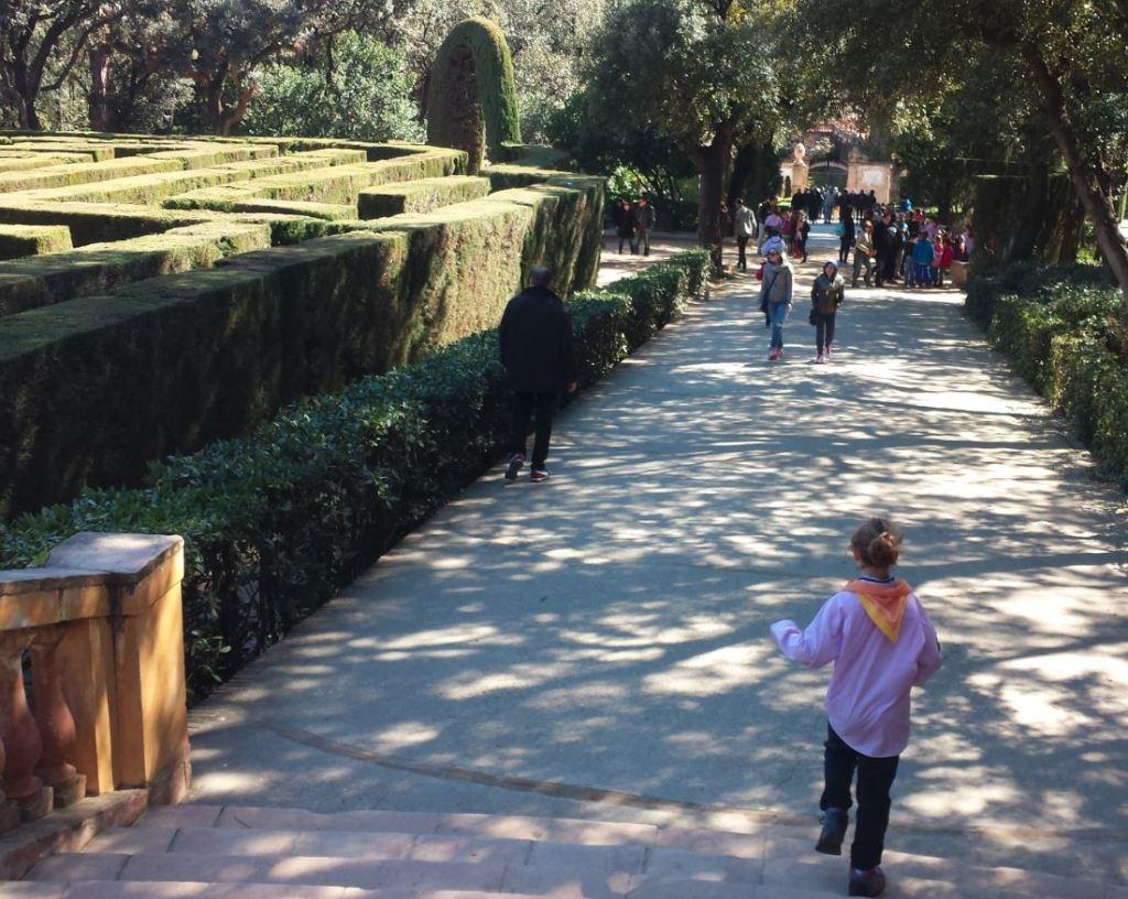 parc del laberint horta amb nens